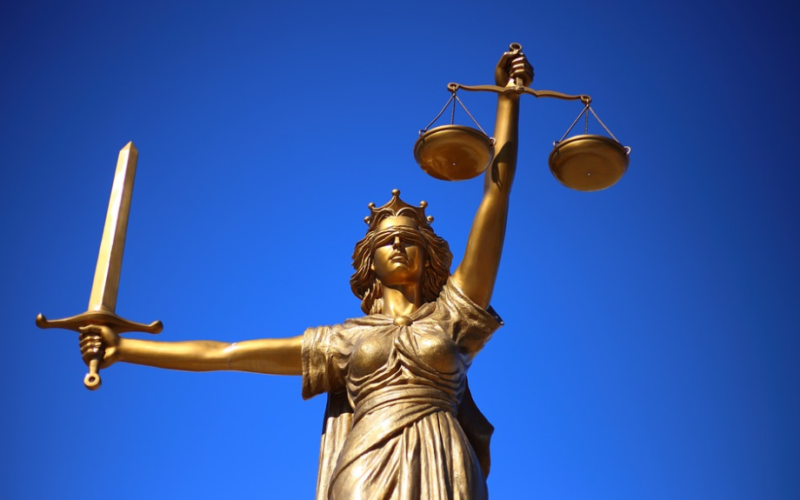 Top 5 Features to Look For in Cloud-Based Legal Billing Software